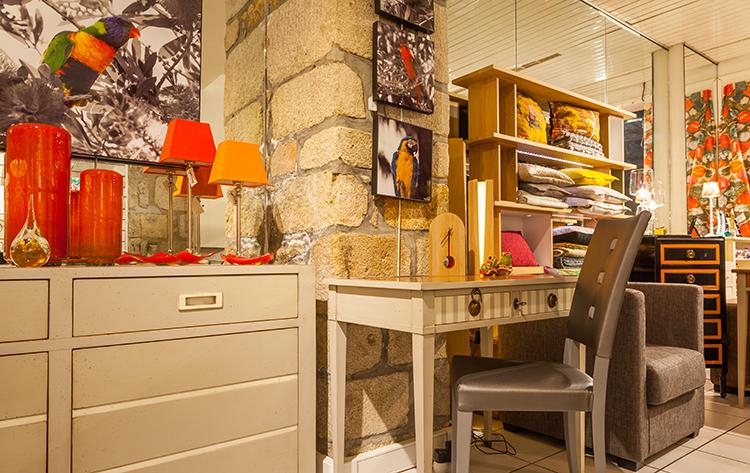 le c dre quimper meubles d coration luminaires. Black Bedroom Furniture Sets. Home Design Ideas